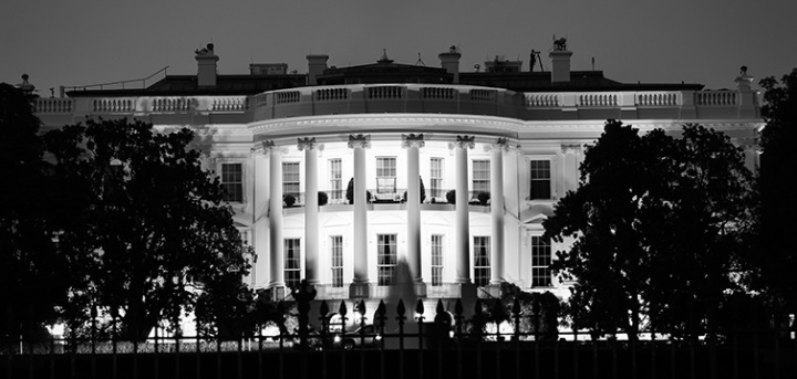 white-house-black-white-looming-feat