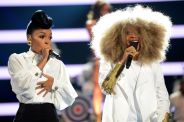 063013-shows-beta-bet-awards-performances-janelle-monae-erykah-badu-2