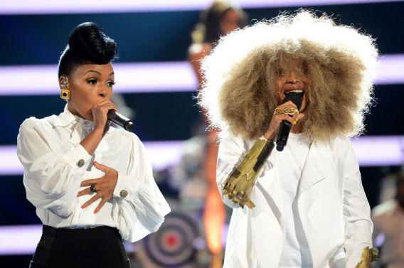 063013-shows-beta-bet-awards-performances-janelle-monae-erykah-badu-2